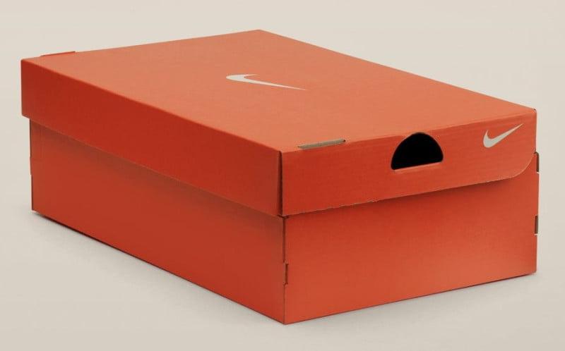 hộp giày Nike