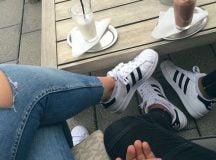 Giày adidas tại sao lại được các cô gái yêu thích đến vậy?