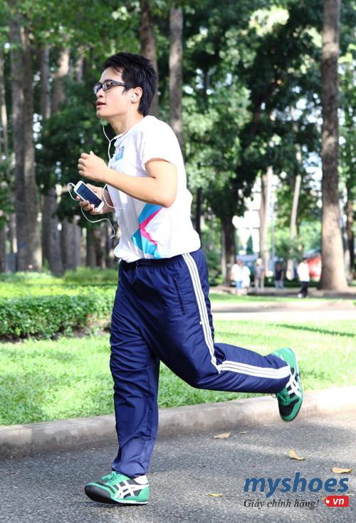 Hành trình vượt qua mặc cảm của chính mình bằng phương pháp chạy bộ giảm cân